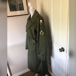 Vintage Sz SM Military Trench